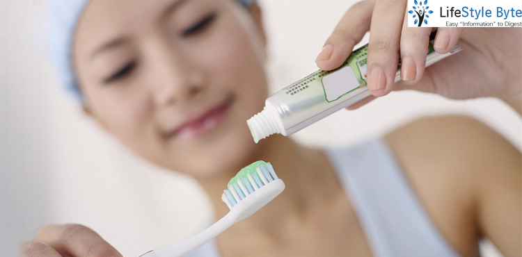 dealing with the signs & symptoms of toothpaste allergy